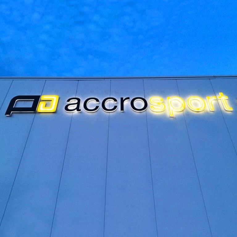 Accrosport en Normandie – Enseigne lumineuse
