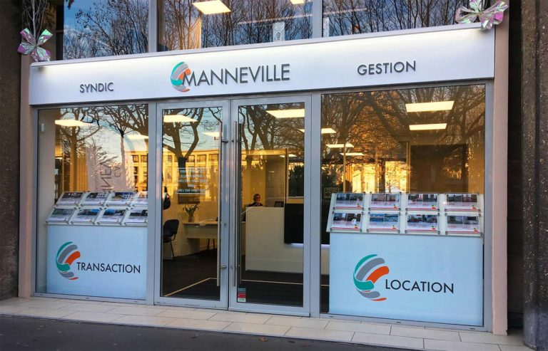 Manneville – Enseigne lumineuse